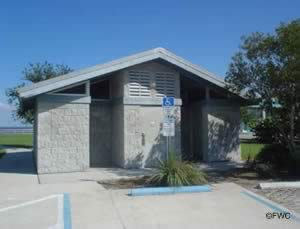 restrooms at kennedy point park boat ramp titusville fl