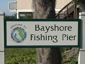 entrance sign at bayshore live oak park