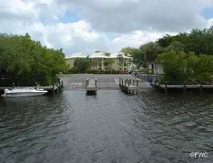 access to the gulf of mexico from naples landing boat ramp