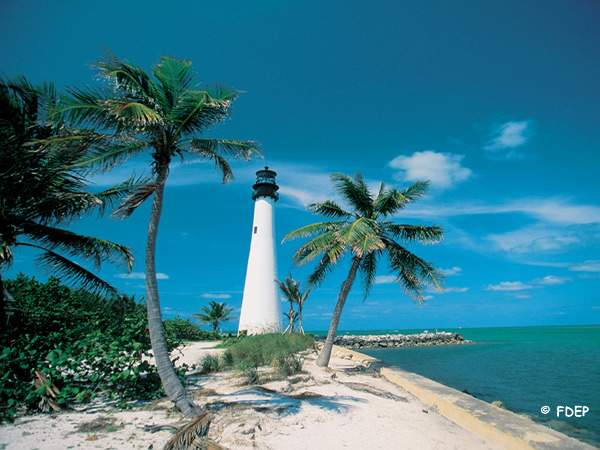 beautiful warm beaches at bill baggs state park