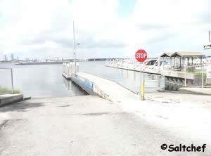 easy access to st johns river at arlington road boat ramp