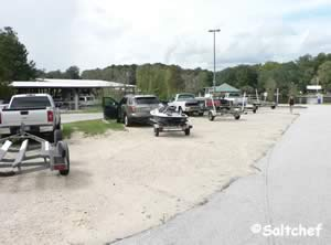 parking curtis lee johnson boat ramp