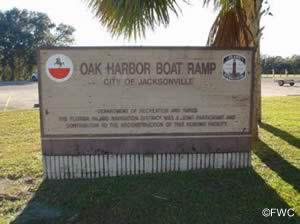 sign at entrance to oak harbor