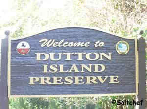one of the entrance siogns to dutton island preserve