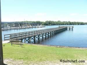 fishing pier on site at knight boat ramp in green cove springs