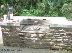 2 really nice built in grills at betz tiger preserve
