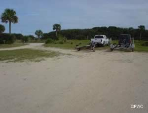 boat trailer parking at gamble rogers ramp