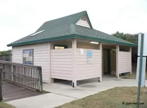 restrooms at varn park beach