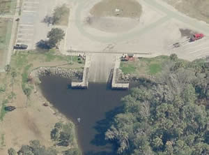 aerial view of boat ramp at riverview park fl