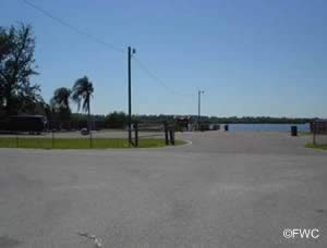 parking at domino boat ramp ruskin fl