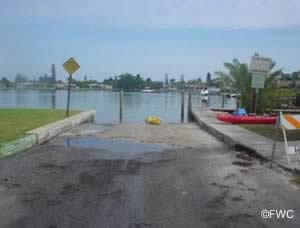 manatee county saltwater boat ramp in holmes beach
