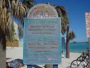 simonton street beach key west sign