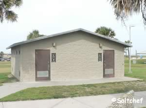 restrooms at main beach park fernandina