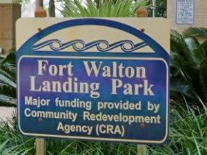fort walton landing park sign