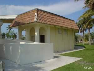restrooms at bryant park lake worth florida 33460