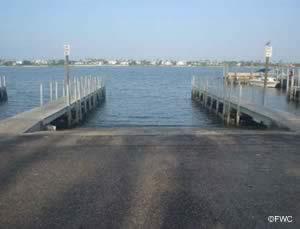 easily access the atlantic ocean through lake worth inlet