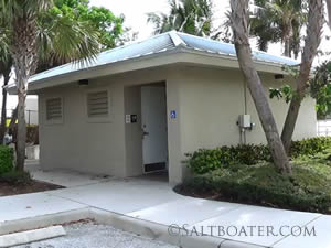 restrooms at jim barry light harbor park in Riviera Beach