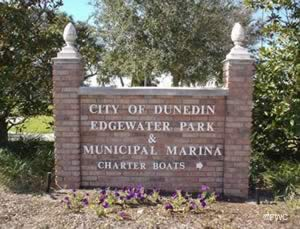 entrance to dunedin marina