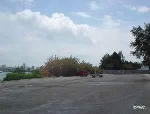 parking at egan park boat launching ramp
