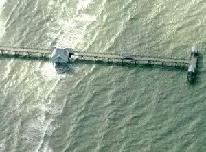 aerial of clearwater beach fishing pier