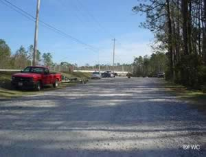 parking at east river boat ramp gulf breeze florida
