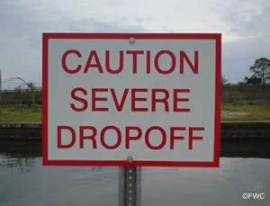 garcon point severe drop off sign