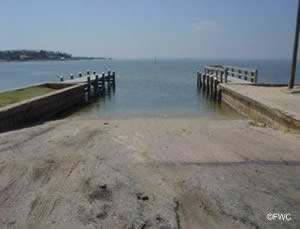 saltwater boatramp pensacola bay route 98