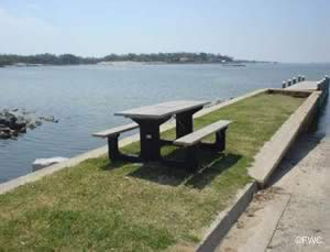 picnic at wayside park west gulf breeze florida