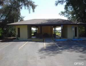 restrooms at higel marine park venice florida