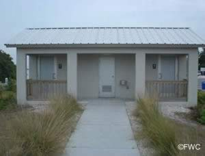 restrooms at ken thompson park lido key florida