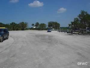 parking at nokomis beach boat ramp