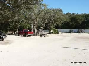parking at usina boat ramp