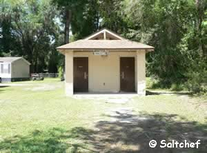 restrooms at trout creek park boat ramp