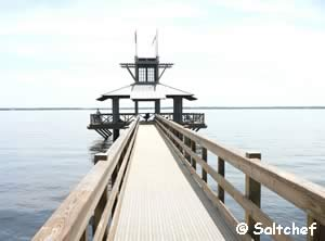 fishing pier at rivertown on st johns river
