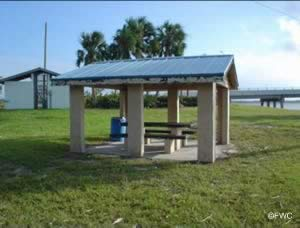picnic along the waters of the Indian River Lagoon St. Lucie County