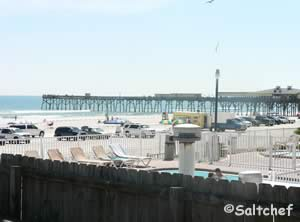 view of sunglow pier from dahlia ave