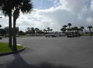parking at halifax harbor marina daytona beach