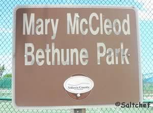 mary mccleod sign