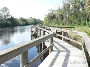 fishing pier / dock at sdanchez park in ormond beach