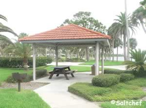 small pavilion at riviera park