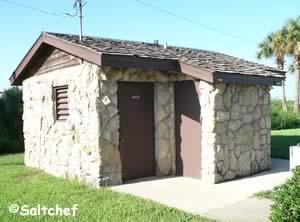 restrooms at veterans park edgewater