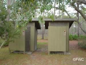 restrooms at ochlockonee state park